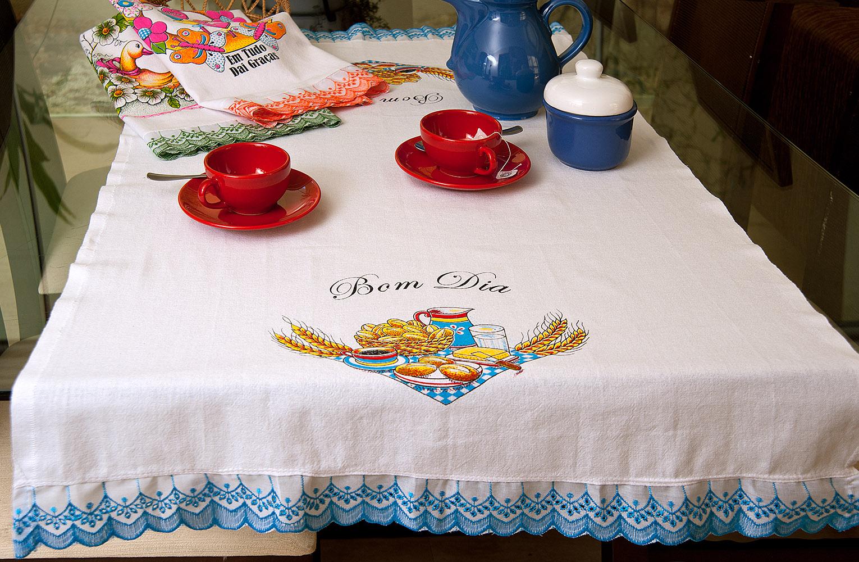 5042 – Toalha de chá floral